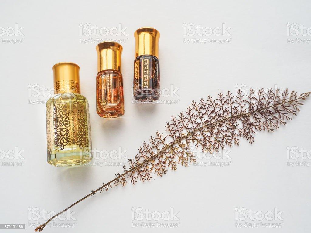 Parfum arabe d'arbre bois d'agar. - Photo