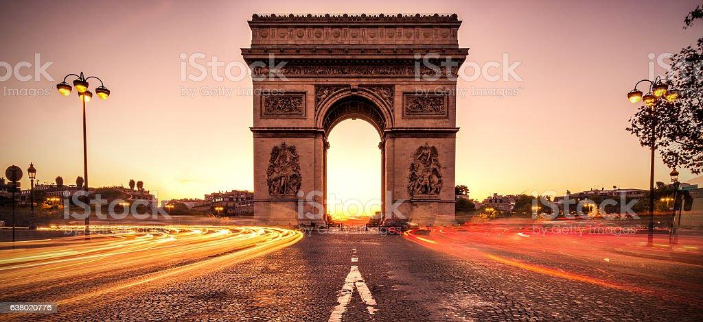 Arc de Triomphe at dawn - Paris - Photo
