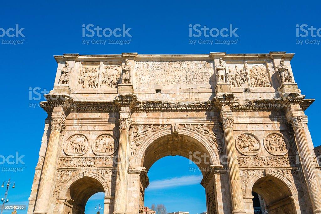 Arco de Constantino em Roma, Itália - foto de acervo