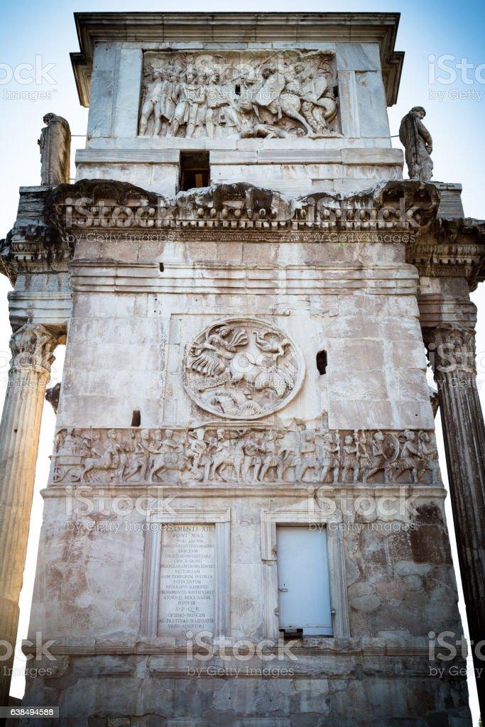 Arch of Constantine (detail) - foto de acervo