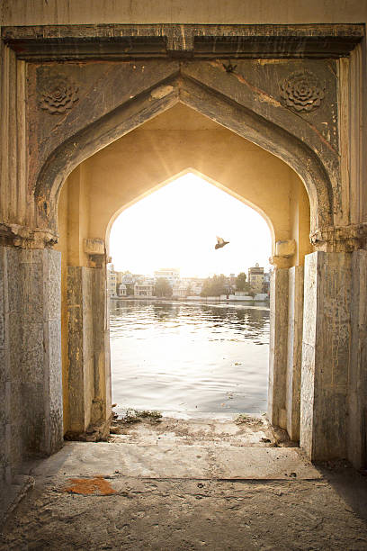 Arch to freedom Arch door next to lake Pichola at Udaipur - India. lake pichola stock pictures, royalty-free photos & images