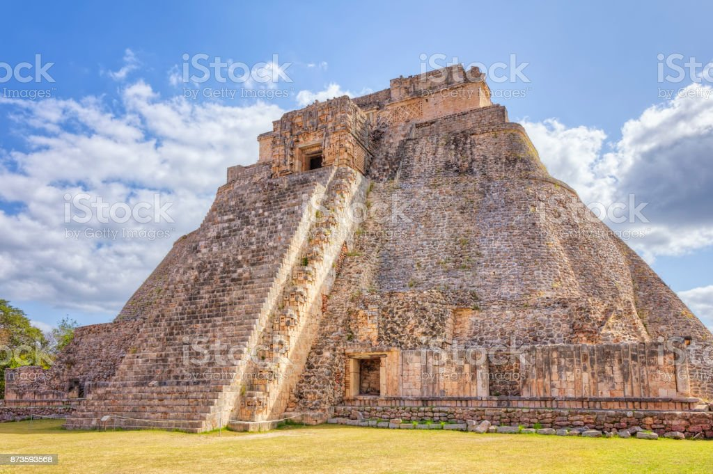 what are the mayan pyramids made of