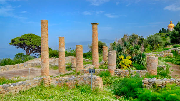 Archeological area of Tindari, ruins of an ancient Greek-Roman city founded in 397-6 BC (Sicily, Italy) Archeological area of Tindari, ruins of an ancient Greek-Roman city founded in 397-6 BC (Sicily, Italy) 4th century bc stock pictures, royalty-free photos & images