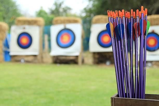 archer - tir à l'arc photos et images de collection