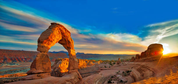 arches nationaalpark - nationaal park stockfoto's en -beelden