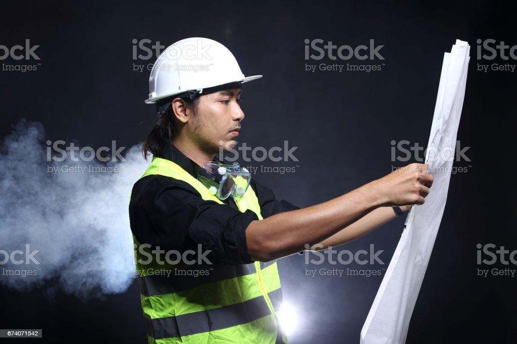 Architecte ingénieur en matériel dur chapeau de sécurité photo libre de droits
