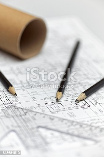 istock Architect project 613684510