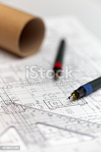 istock Architect project 629602282