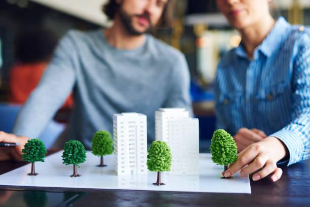 Architekturmodell auf dem Bürotisch – Foto