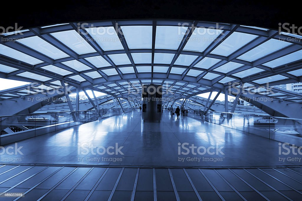 The design architecture of modern train station