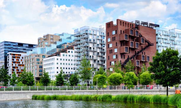 architectuur van oslo, noorwegen - oslo stockfoto's en -beelden