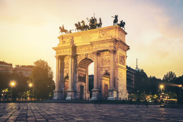 arco della pace in milan , italy - della stock pictures, royalty-free photos & images