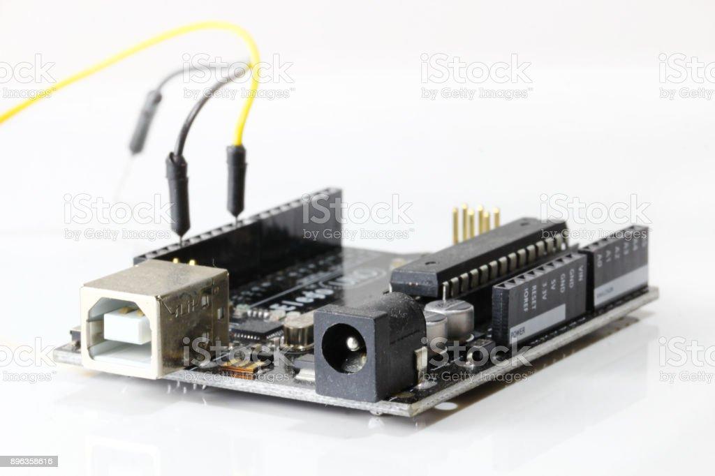 Tablero de Arduino UNO - foto de stock