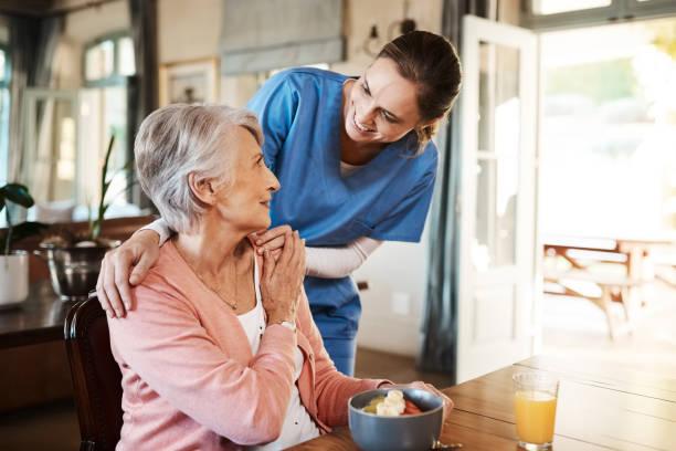 are you enjoying your breakfast? - nursing home zdjęcia i obrazy z banku zdjęć