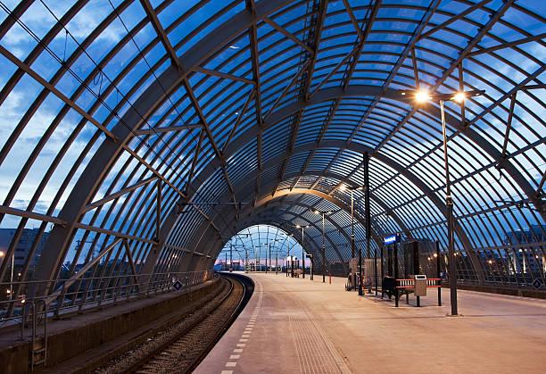 Railroad Bahnhof – Foto