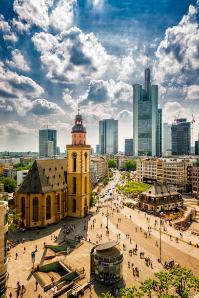 Areal Blick über Frankfurt – Foto