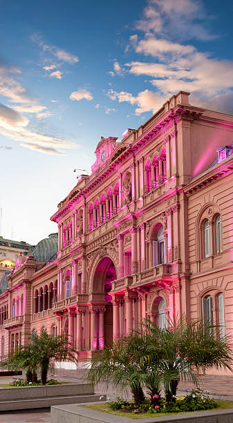 Argentina Buenos Aires Casa Rosada at night http://farm3.static.flickr.com/2566/4167712704_54fe3d8f96_o.jpg buenos aires stock pictures, royalty-free photos & images