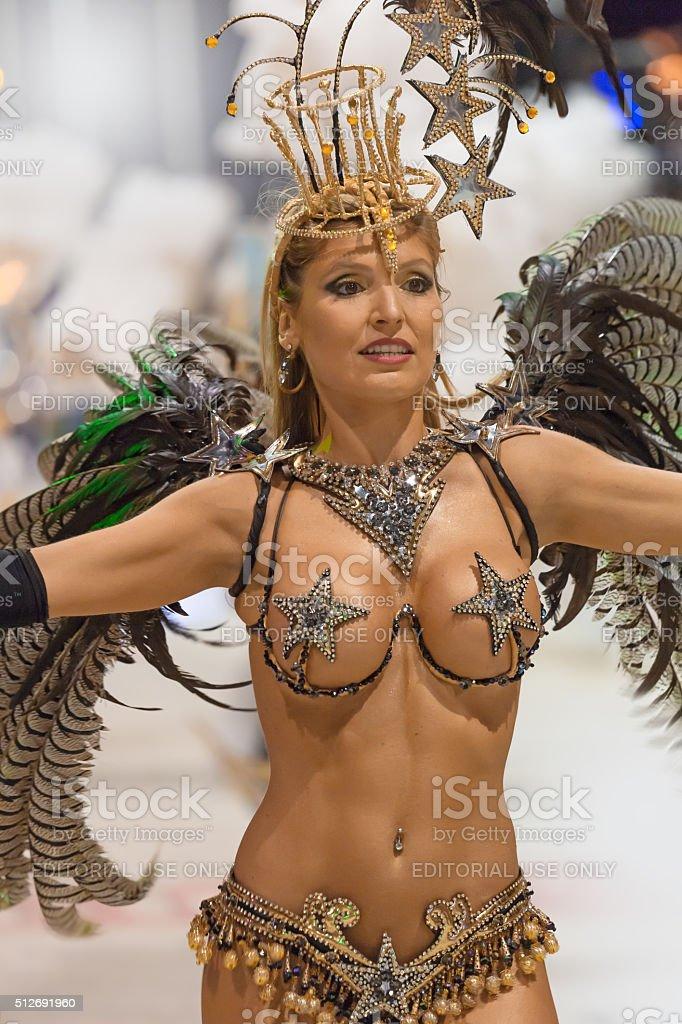 Бразильские карнавальные оргии порновидео