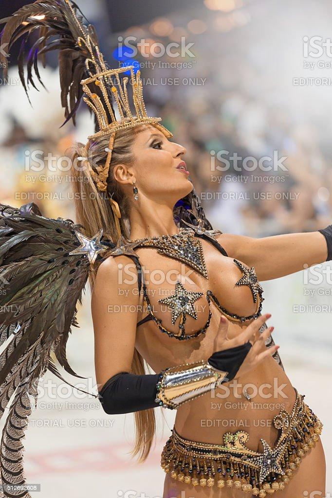 Съемки скрытой большие сиськи карнавал фото секс