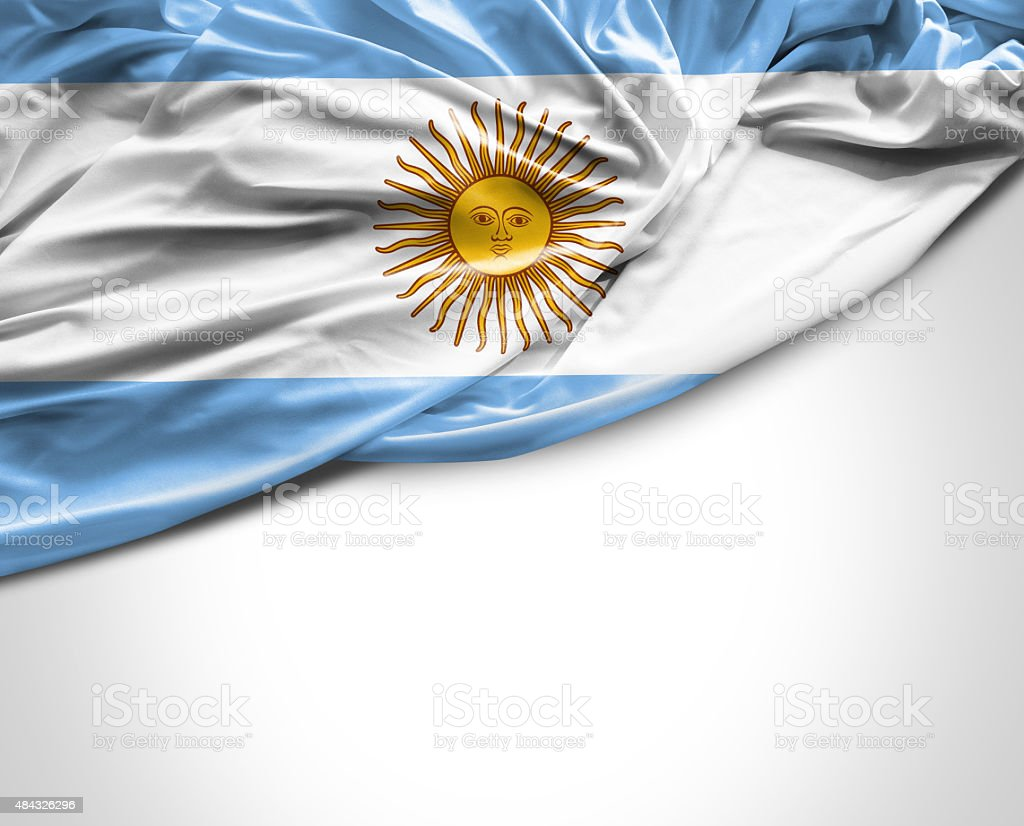 Bandera Argentina saludando con la mano sobre fondo blanco - foto de stock