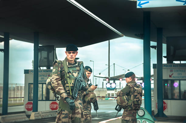 armed forces at european border with uk - 地理的境界 ストックフォトと画像