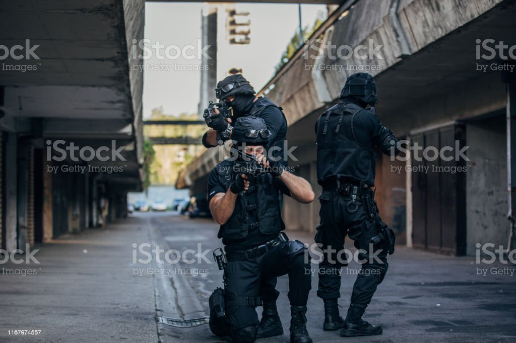 Special forces SWAT in action