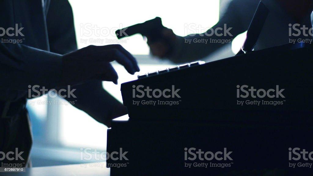 Assalto à mão armada - foto de acervo