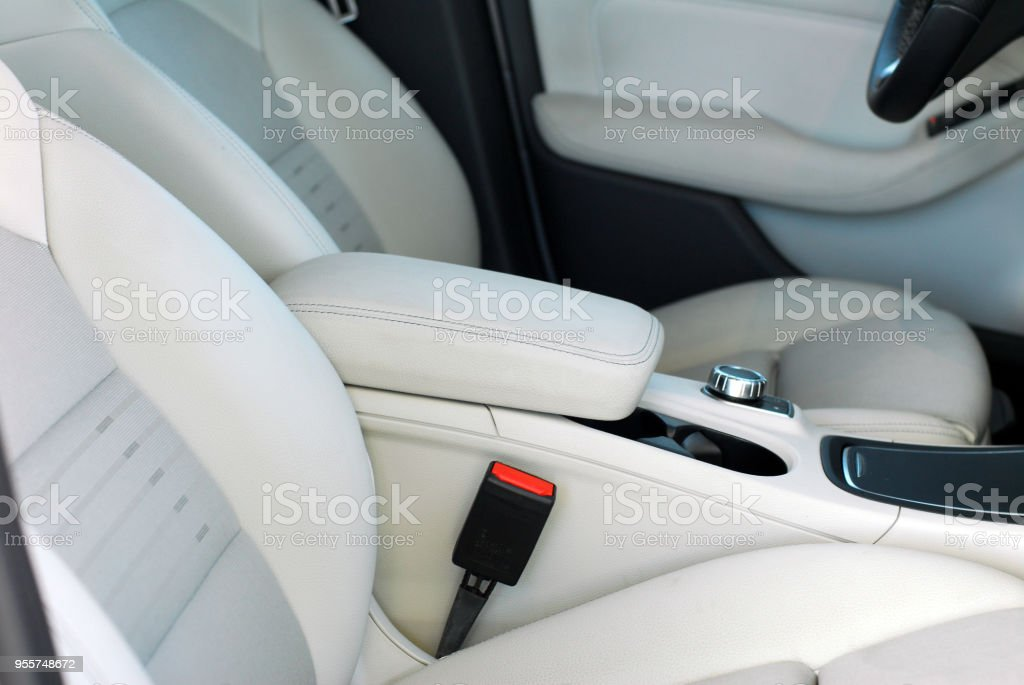 Armlehne im Auto – Foto