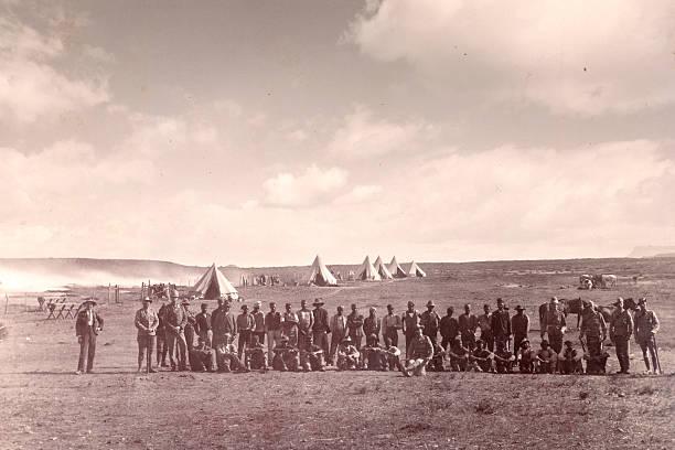 armee-camp - imperialismus stock-fotos und bilder