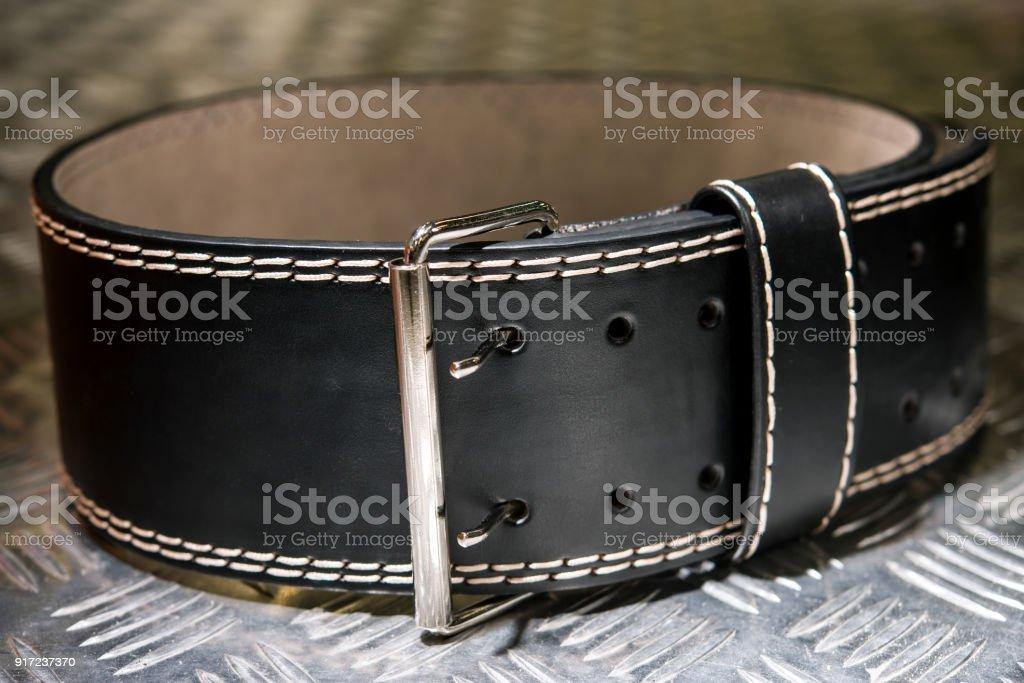 Soldat des schwarzen Ledergürtel groß – Foto