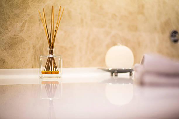 aromatherapie-spa-set - sauna textilien stock-fotos und bilder