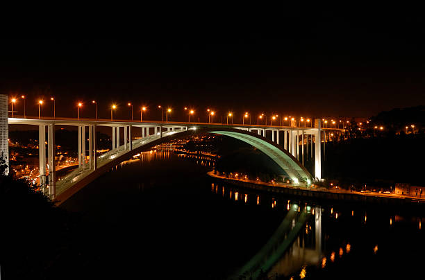 Arrábida bridge by night stock photo