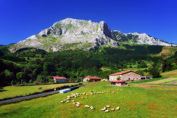 Arrazola village in Basque Country - foto de stock