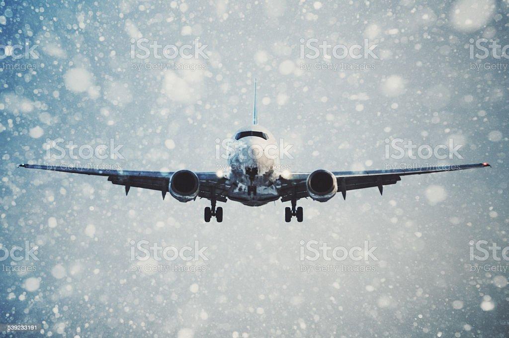 Llegada en invierno foto de stock libre de derechos