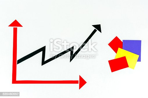 istock Arrow diagram chart and paper notes isolated on white background. 535460552