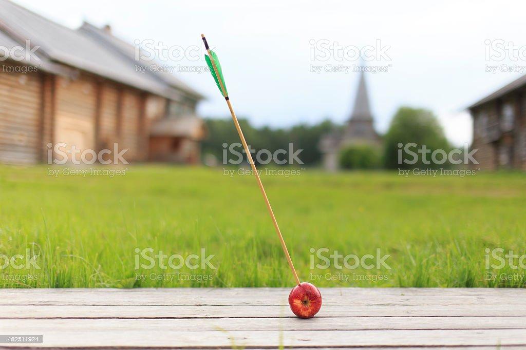 Pfeil in Apfel – Foto