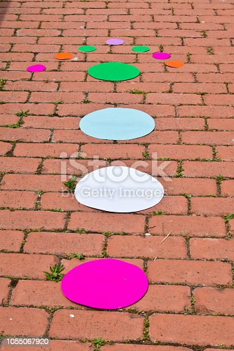 804299508 istock photo arrow made with circles of all colors 1055067920