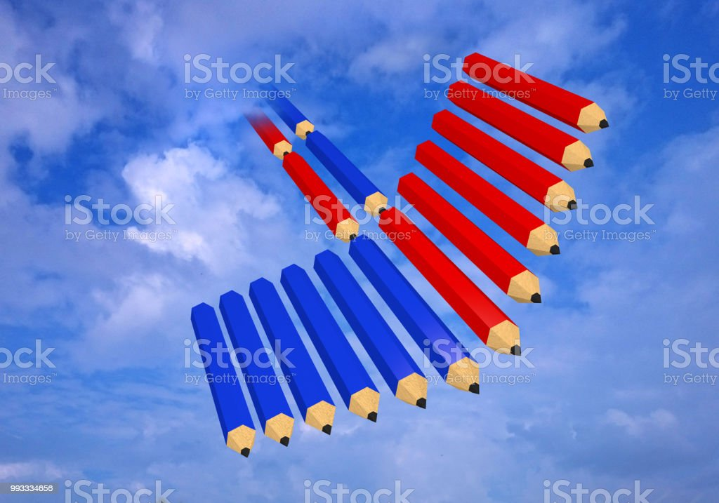 Pfeil aus Roten Und Blauen Buntstiften Im Himmel. – Foto