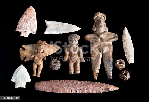 istock Arrowheads and Pre Columbian Antiques. 694306812