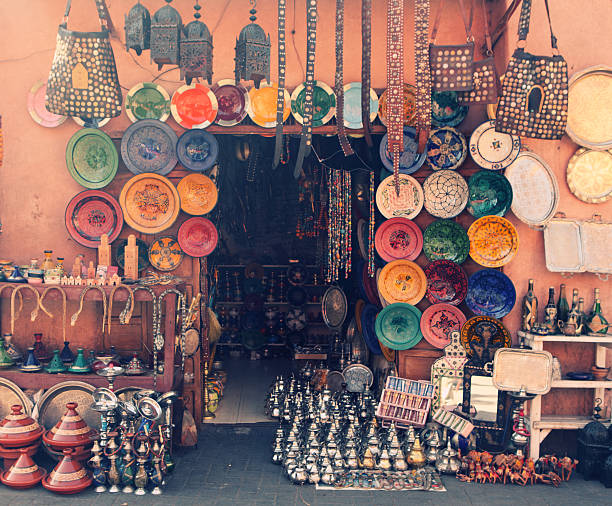 Art and craft shop in Marrakesh, Morocco Art and craft shop in Marrakesh, Morocco asian market stock pictures, royalty-free photos & images