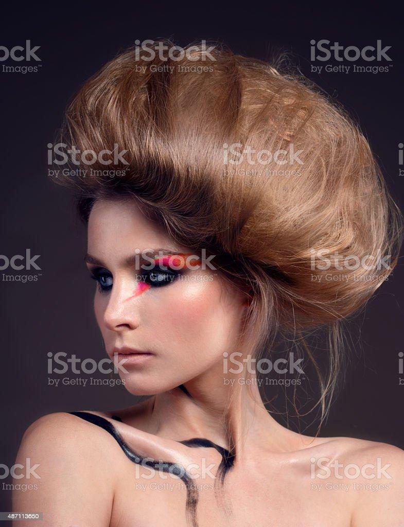 Moderne Frisur Und Makeup Stockfoto Und Mehr Bilder Von 2015 Istock