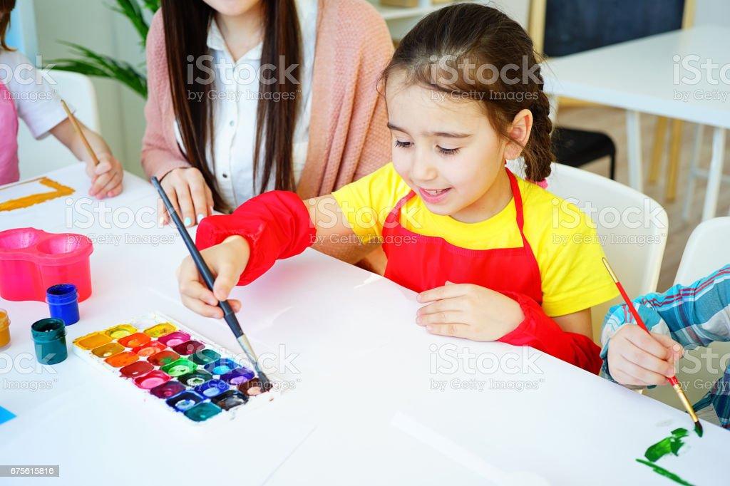 Art lesson in elementary school photo libre de droits
