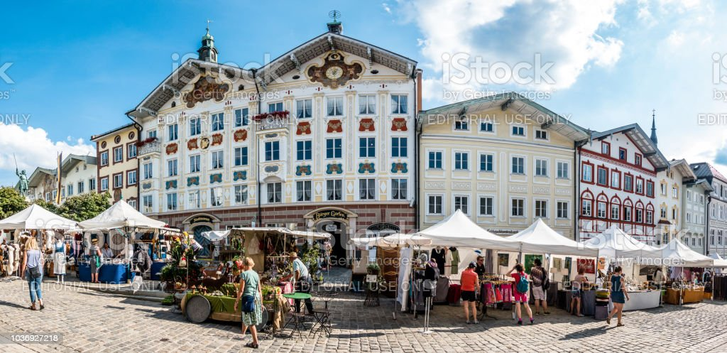 Kunstmarkt in bad Tölz - Deutschland – Foto