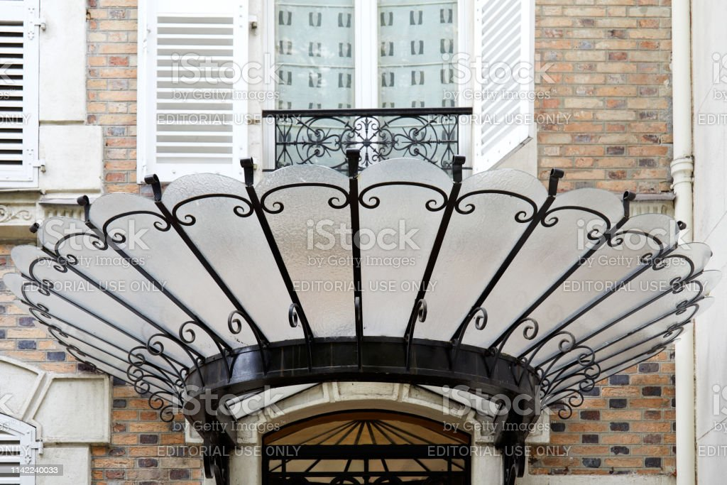 Art Nouveau Canopy In Glass And Black Wrought Iron In Paris