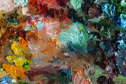 577949148 istock photo art palette background texture 577949540