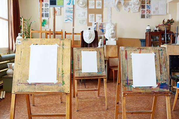estudio de arte - clase de arte fotografías e imágenes de stock