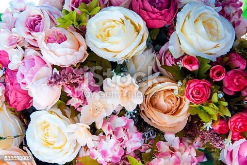 istock Artificia Floral background 538588902