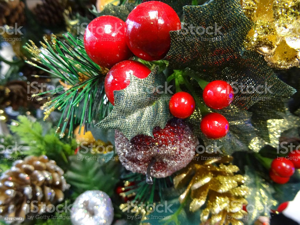 Christmas Tree Fruit Ornaments.Artificial Christmas Tree Decorations Gold Pine Cones