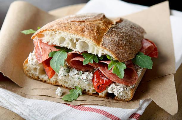 artigiano salame panino - panino ripieno foto e immagini stock
