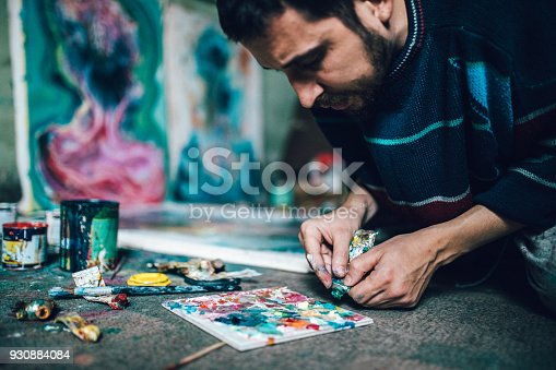 865169666 istock photo Artist working with colors 930884084